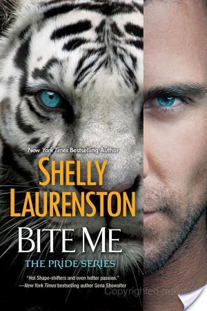 Bite Me – Shelly Laurenston – 5 stars